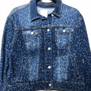 LuLaRoe Harvey denim jacket